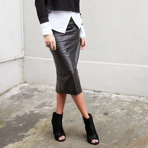Ellen Tracy for Bloomingdales Leather Pencil Skirt